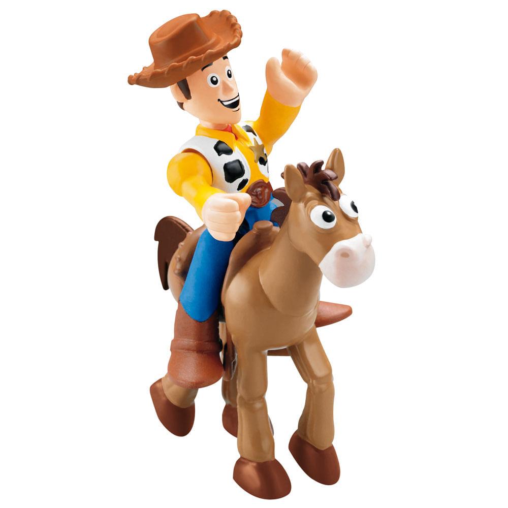 57b352b18d6f6 Boneco - Imaginex - Toy Story 3 - Woody com Bala no Alvo - Ciatoy